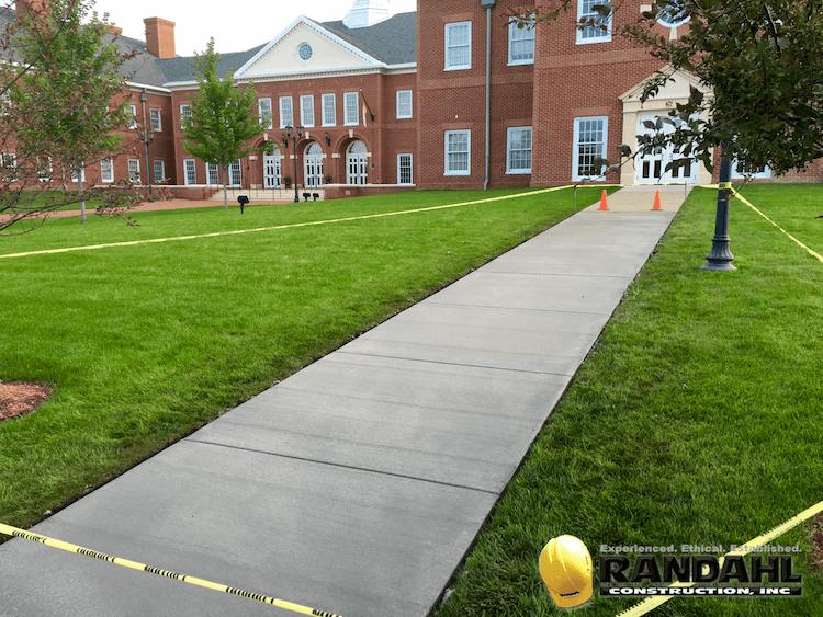 Concrete Sidewalk and Curb Repair